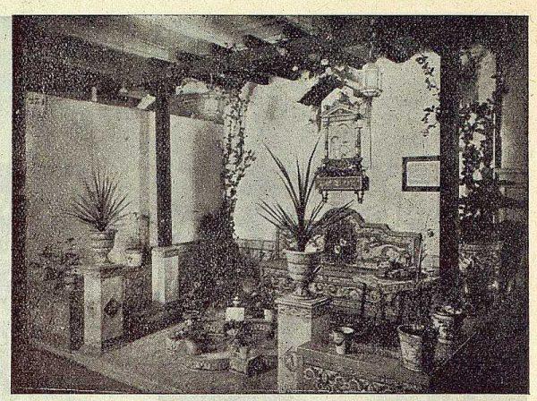 191_TRA-1923-197-Cerámica Juan Ruiz de Luna, stand en el Palacio del Hielo-02