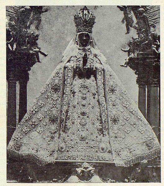196_TRA-1923-198-Catedral, Manto de la Virgen del Sagrario