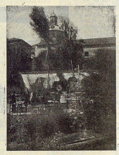 206_TRA-1923-197-El Bloque, sociedad de instrucción y recreo , detalle del jardín