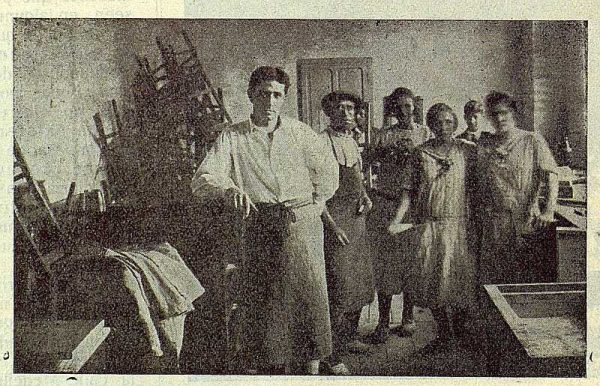 227_TRA-1923-197-La Industrial Moderna, maderas, taller de barnizado
