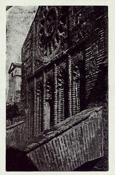 239_TRA-1923-197-Parroquia de Santiago, exterior