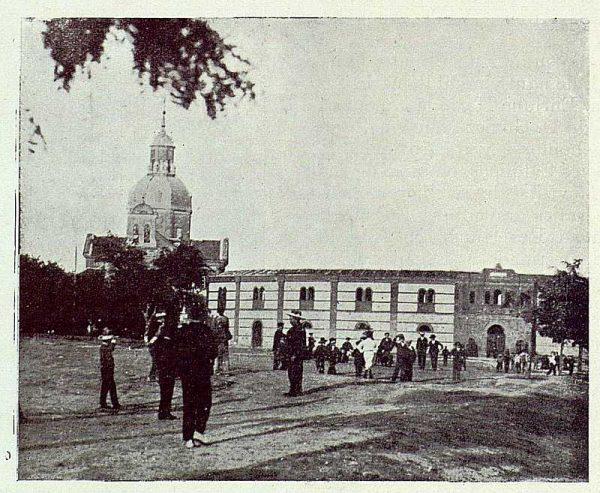 241_TRA-1923-197-Plaza de Toros