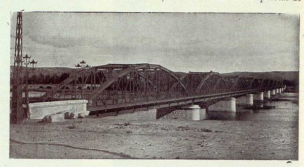 242_TRA-1923-197-Puente de hierro sobre el rio Tajo