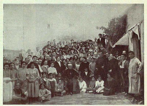259_TRA-1924-207-Visita del Arzobispo a casa de Ruiz de Luna-Foto Ruiz de Luna