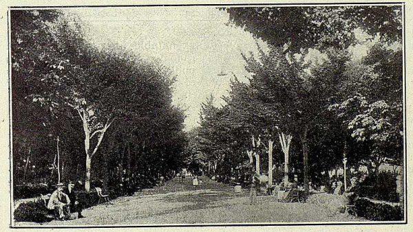 272_TRA-1927-247-Ermita de la Virgen del Prado, paseo del Prado-Foto Ruiz de Luna