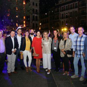 a alcaldesa celebra que Luz Toledo llene la fachada del Alcázar de toledanismo con un espectáculo que aglutina leyendas populares