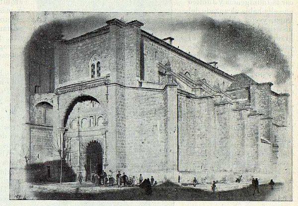 296_TRA-1922-187-Colegiata de Torrijos, exterior