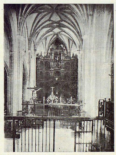 297_TRA-1922-187-Colegiata de Torrijos, interior-Foto Vegue