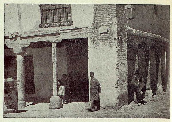 322_TRA-1922-187-Rincón típico de Torrijos-Foto Vegue