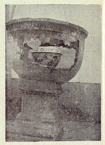 328_TRA-1919-136-Pila bautismal de Ugena-Foto Rodríguez