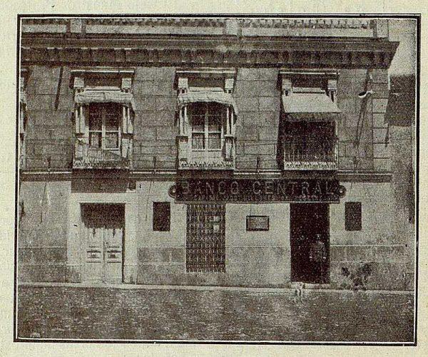 331_TRA-1921-170-Fachada del Banco Central de Villacañas-Foto Camarasa
