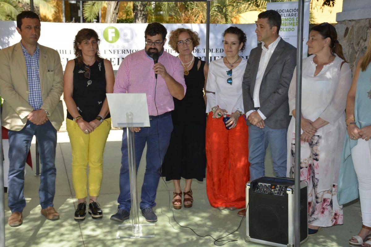 https://www.toledo.es/wp-content/uploads/2019/09/alzheimer_1-1200x800.jpg. El Ayuntamiento se suma a la lectura del manifiesto del Día Mundial del Alzheimer y respalda el proyecto de AFA en Toledo