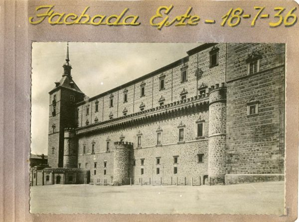 Año 1936-07-18 - Fachada Este