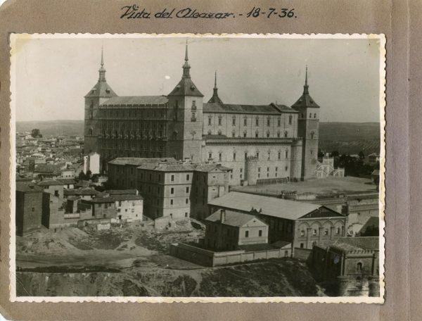 Año 1936-07-18 - Vista del Alcázar
