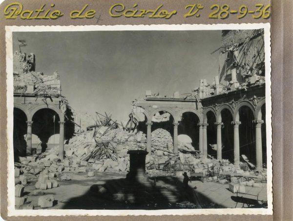 Año 1936-09-28 - Patio de Carlos V_1