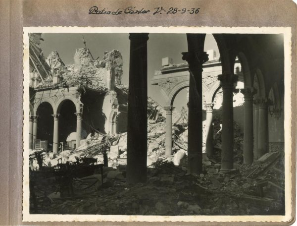 Año 1936-09-28 - Patio de Carlos V_2