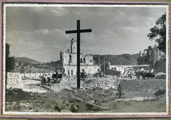 Año 1943-04-06 - 1944-08-06 - Derribo, desescombro y relleno del Picadero_5