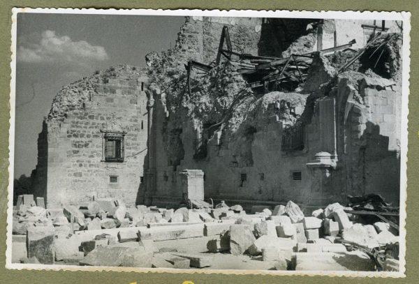 Año 1943-04-06 - 1944-08-06 - Desescombro Fachada Norte_3