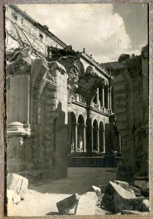 Año 1943-04-06 - 1944-08-06 - Desescombro Fachada Norte_4