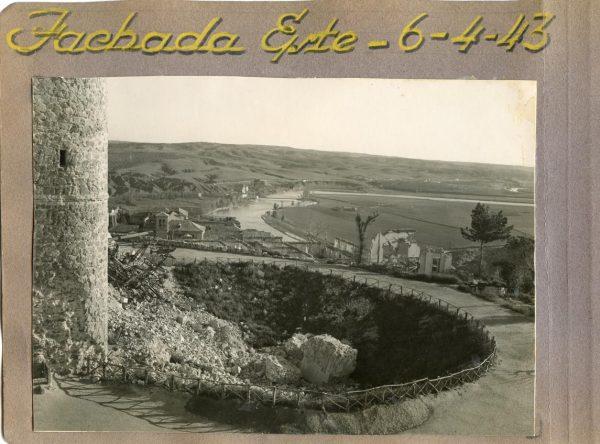 Año 1943-04-06 - Desescombro Fachada Este_5