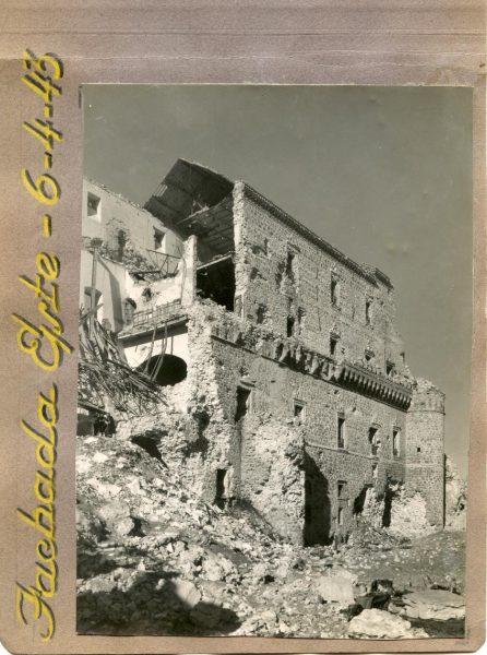 Año 1943-04-06 - Desescombro Fachada Este_6