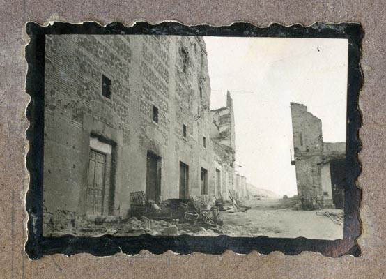 Año 1944-08-06 - 1945-07-28 - Desescombro y derribo Fachada Oeste_7