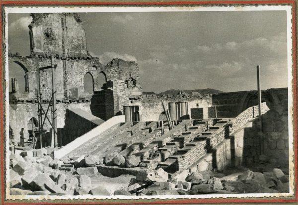 Año 1944-08-06 - Escalera de la cota 64 a la 69