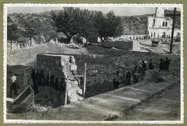 Año 1944-08-06 - Paso superior e inferior de la explanada del picadero_1