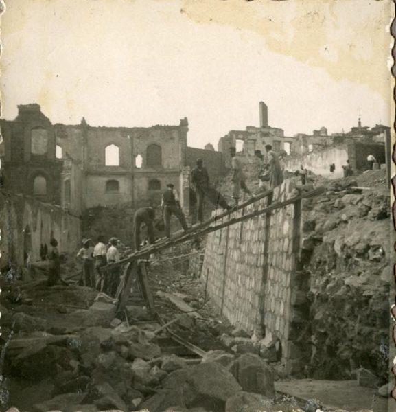 Año 1944-09-20 - Muro del Camino del Corralillo