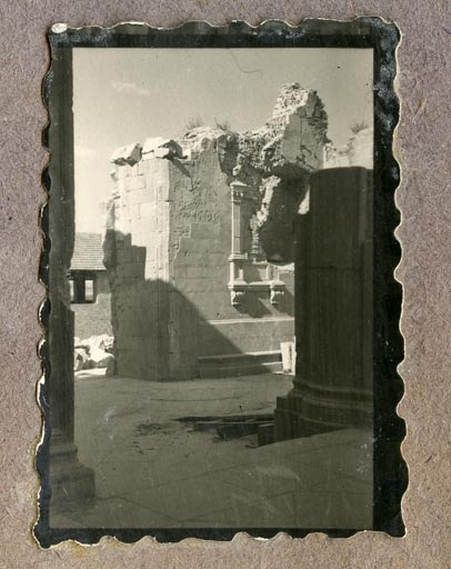 Año 1944-12-13 - Patio de Carlos V