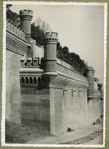 Año 1945-08-28 - Camino del muro almenado_3