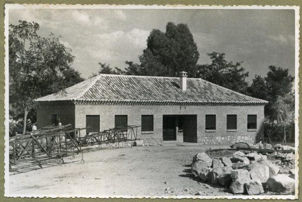 Año 1945-08-28 - Edificios auxiliares - Oficinas
