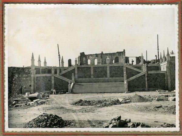 Año 1945-08-28 - Escalera de la cota 64 a la 69