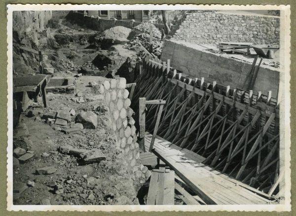 Año 1945-08-28 - Paso superior e inferior de la explanada del picadero_1