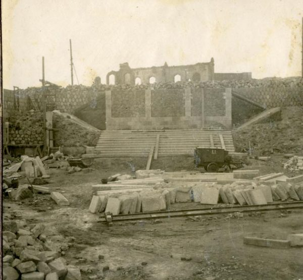 Año 1945-09-15 - Escalera de la cota 64 a la cota 69_2