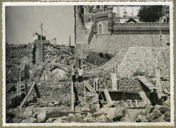 Año 1945-09-15 - Escalera de la cota 69 a cota 77,68