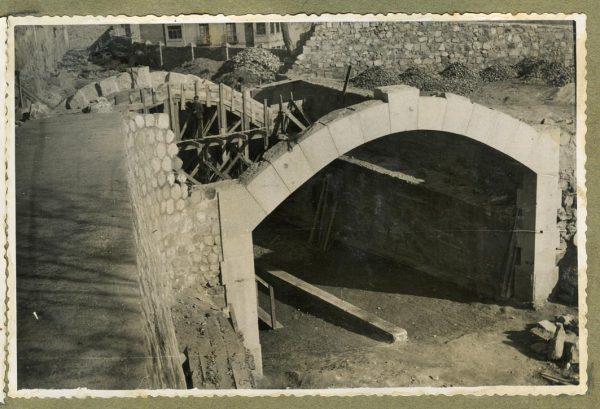 Año 1946-02-10 - Paso superior e inferior de la explanada del picadero_1