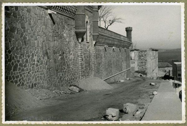Año 1946-02-14 - Camino del muro almenado_2