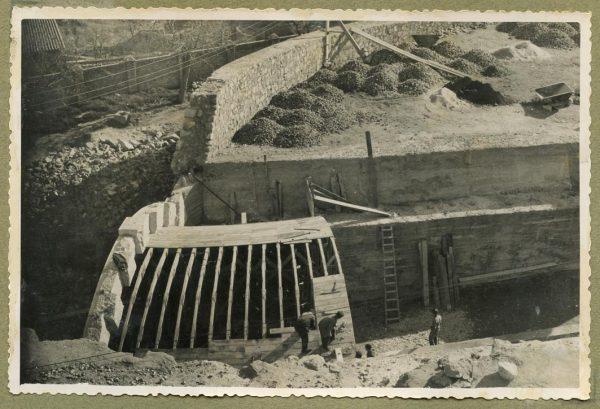 Año 1946-02-14 - Paso superior e inferior de la explanada del picadero_3