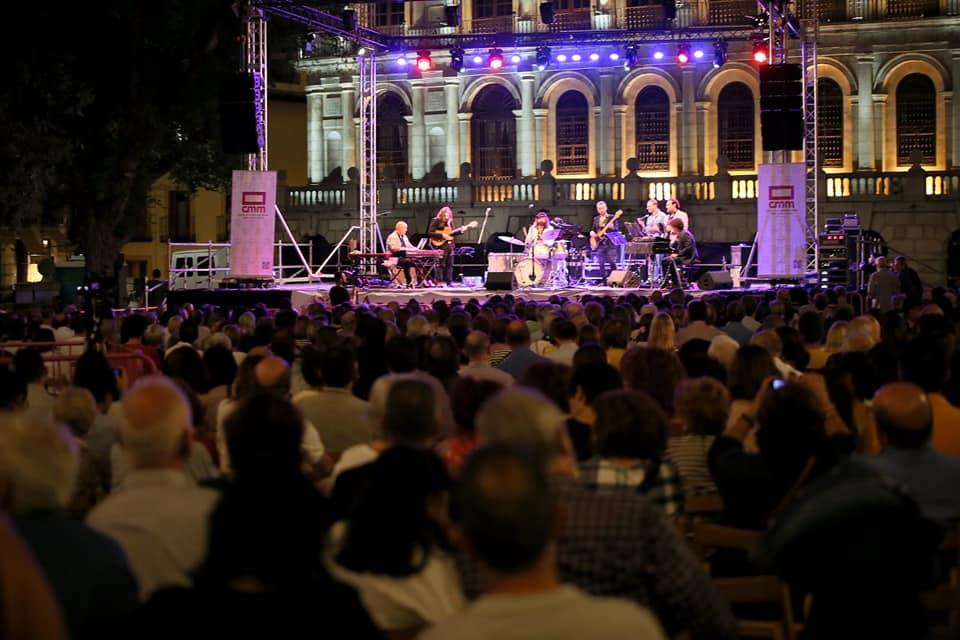 https://www.toledo.es/wp-content/uploads/2019/09/concierto-jazz-2019.jpg. El Festival de Jazz de Toledo cierra con 11.000 espectadores y se asienta como referente del género a nivel internacional