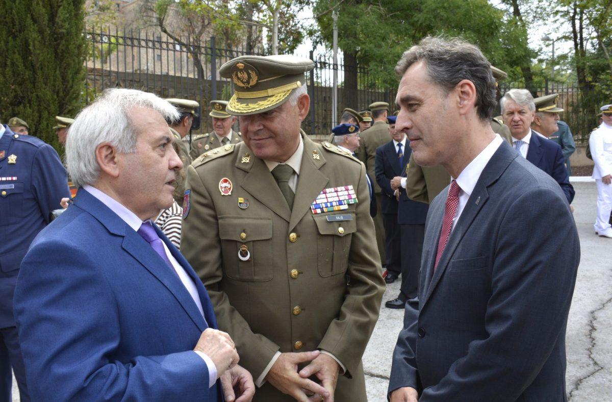 https://www.toledo.es/wp-content/uploads/2019/09/foto-delegacion-defensa-01-1200x788.jpg. El Gobierno municipal acompaña a la Delegación de Defensa en su acto institucional