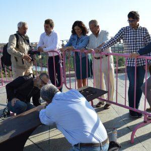 a escultura de Bahamontes ya está en el Miradero para recibir la Vuelta Ciclista a España tal y como comprometió la alcaldesa