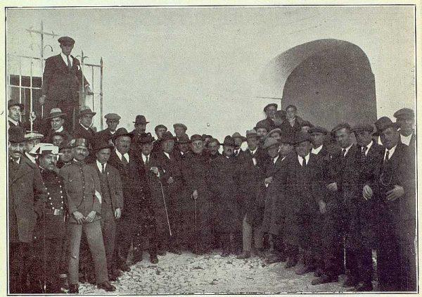 TRA-1922-190 - Homenaje al doctor Muro en San Martín de Pusa - Foto Alfonso