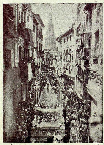 TRA-1926-232 - Coronación de la Virgen del Sagrario, en Procesión
