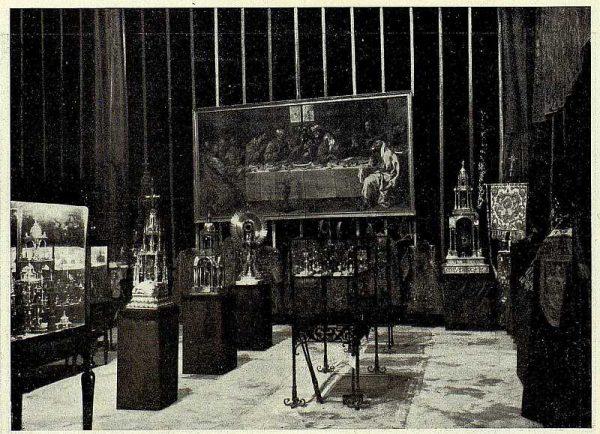 TRA-1926-238 - Congreso Eucarístico Nacional, exposición, vista general