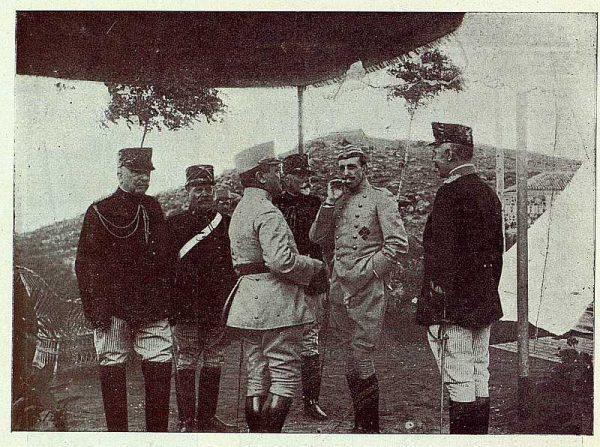 TRA-1927-243 - El Rey y la Academia de Infantería, vida de campaña en los Alijares