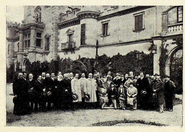 TRA-1928 - 255 - Excursión en el Palacio de Sisla - Foto Rodríguez