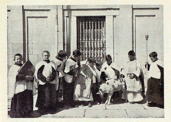 TRA-1928 - 255 - Los Seises - Foto Rodríguez