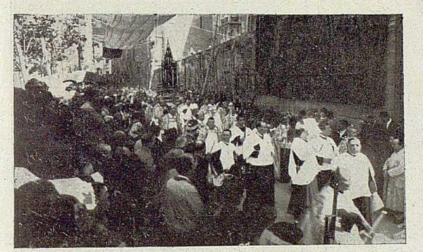 TRA-1929 - 267 - Procesión del Corpus-02 - Foto Rodríguez