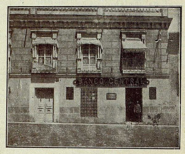 0060_TRA-1921-170-Fachada del Banco Central de Villacañas-Foto Camarasa